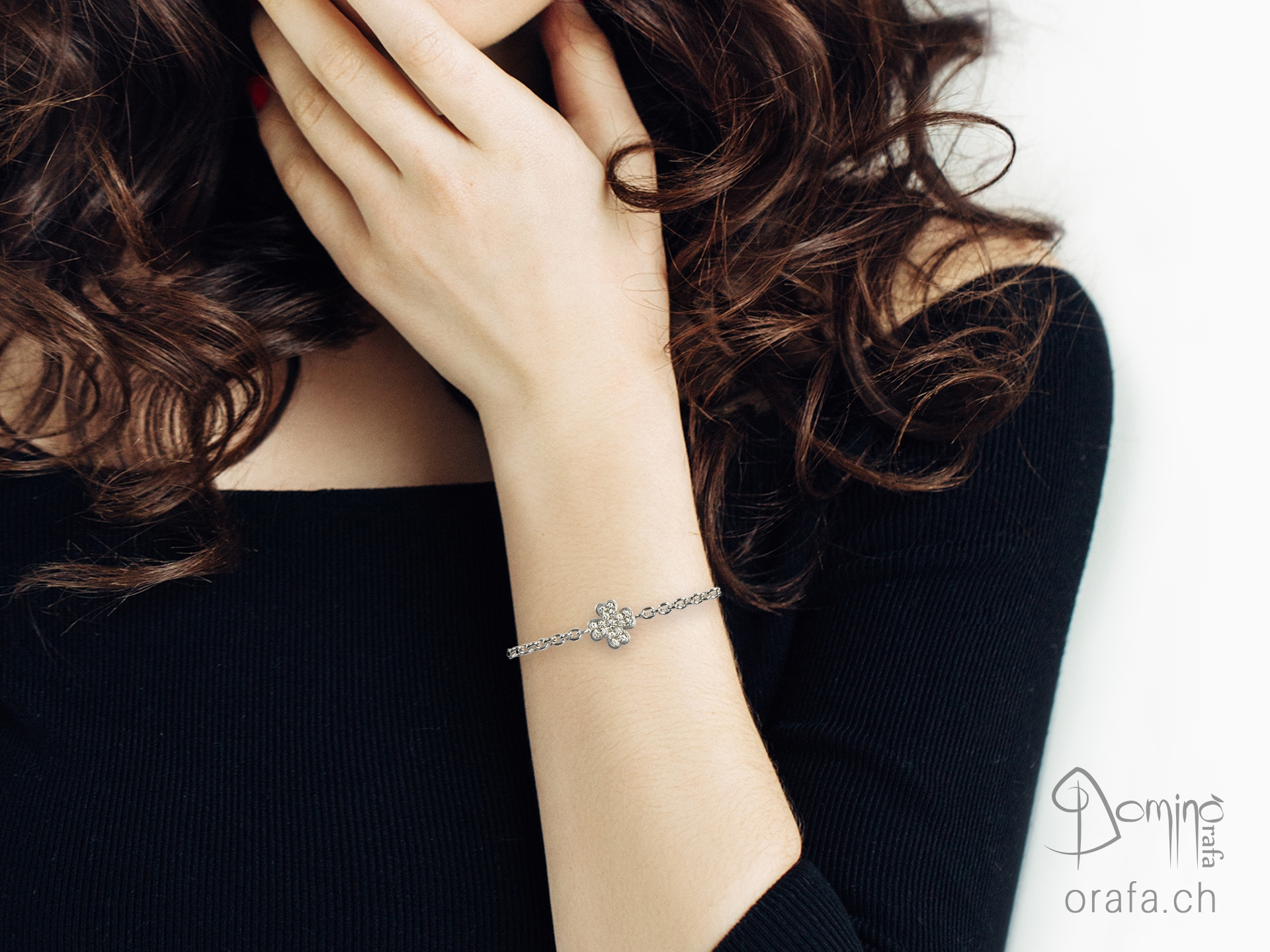 braccialetto-quadrifoglio-impronta-digitale-diamanti-1