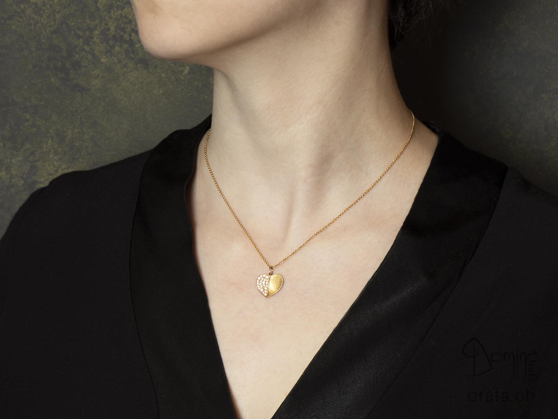 ciondolo-cuore-meta-impronta-digitale-meta-diamanti-2