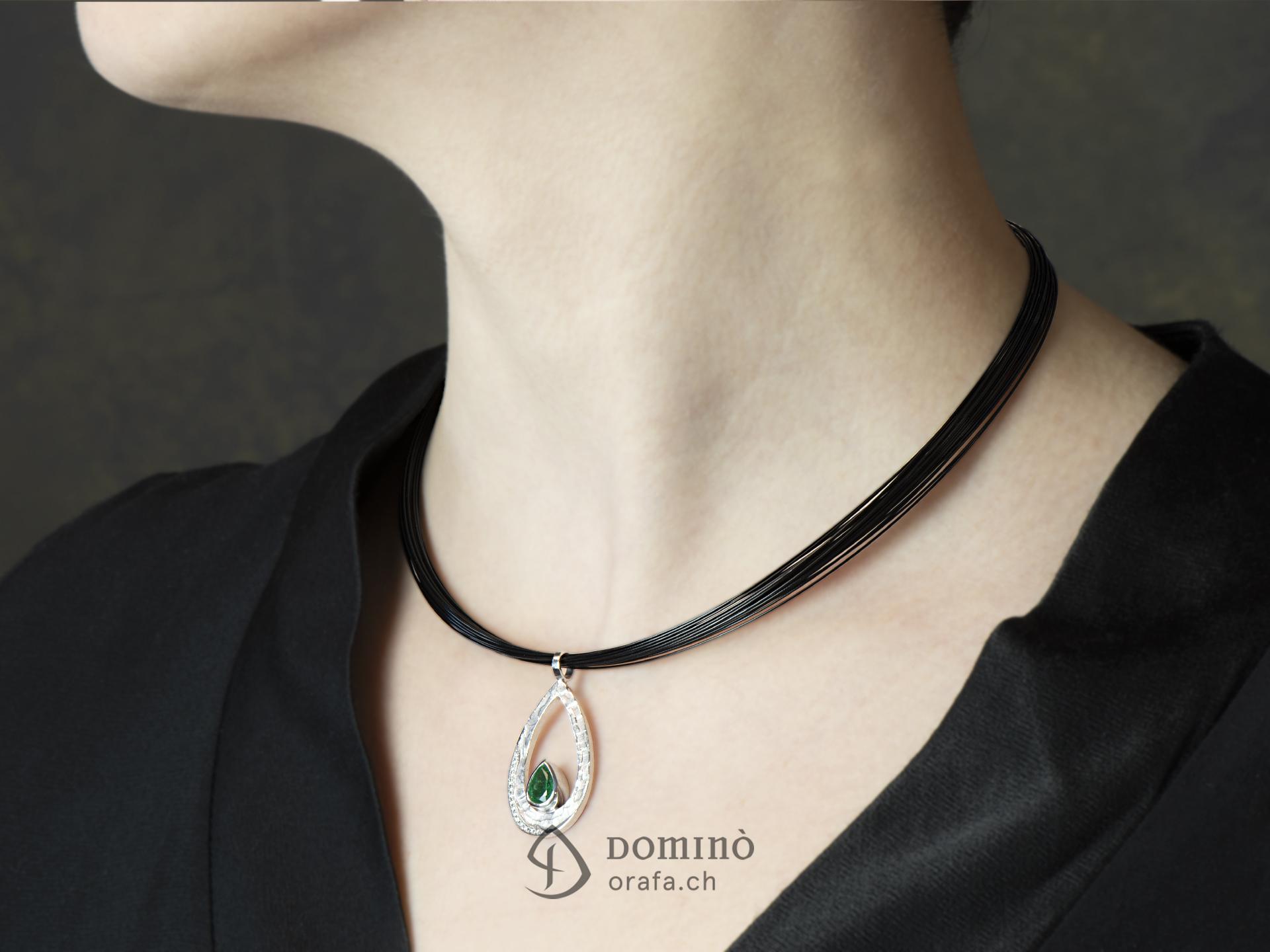 Ciondolo Sentiero con smeraldo e diamanti 1