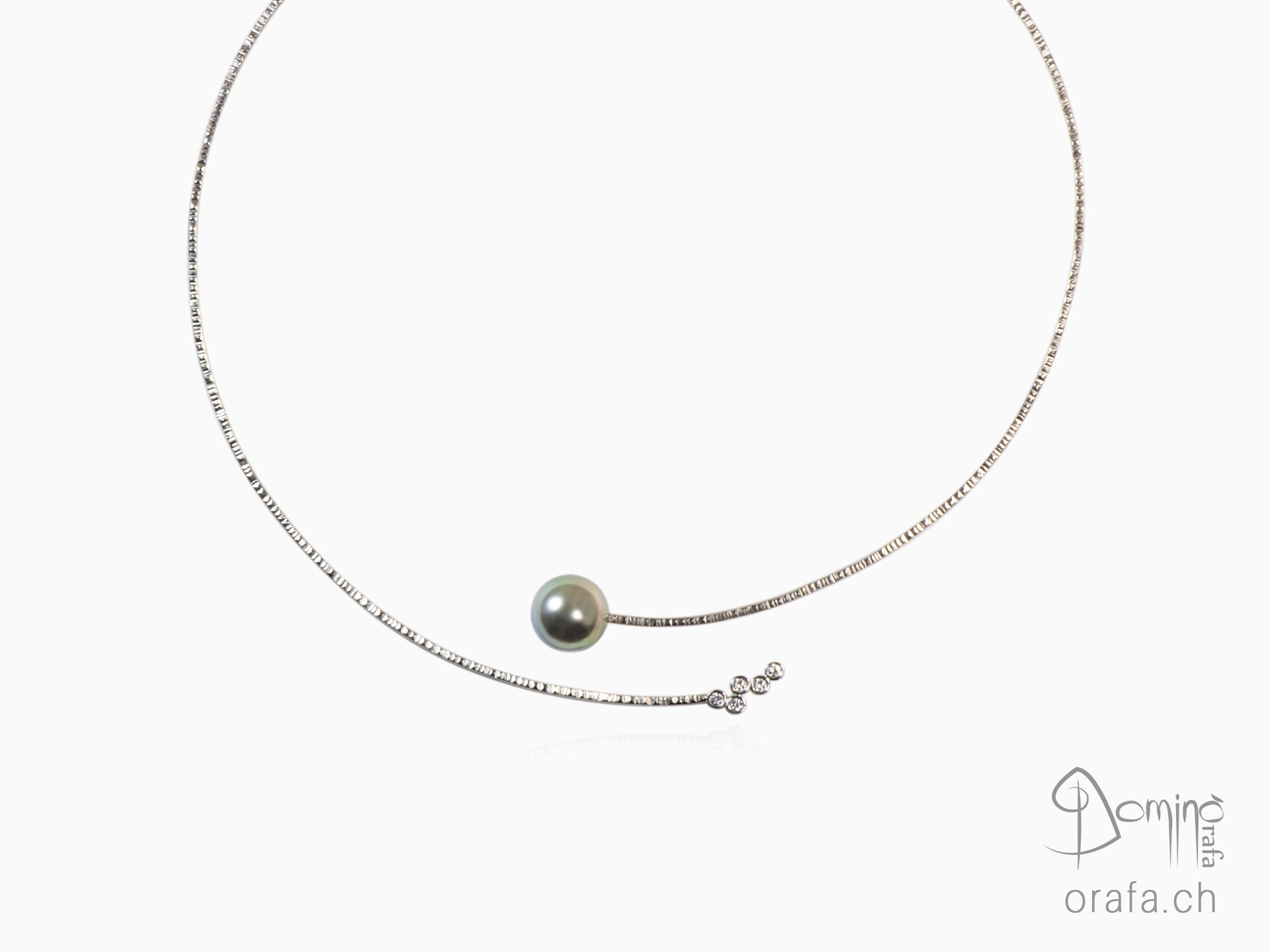 Linee collier with tahitian pearl and diamonds