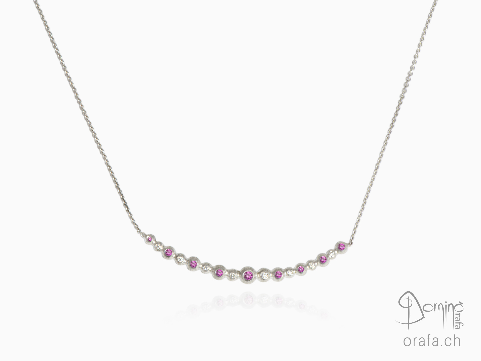 Pink sapphires and diamonds Spheres collier
