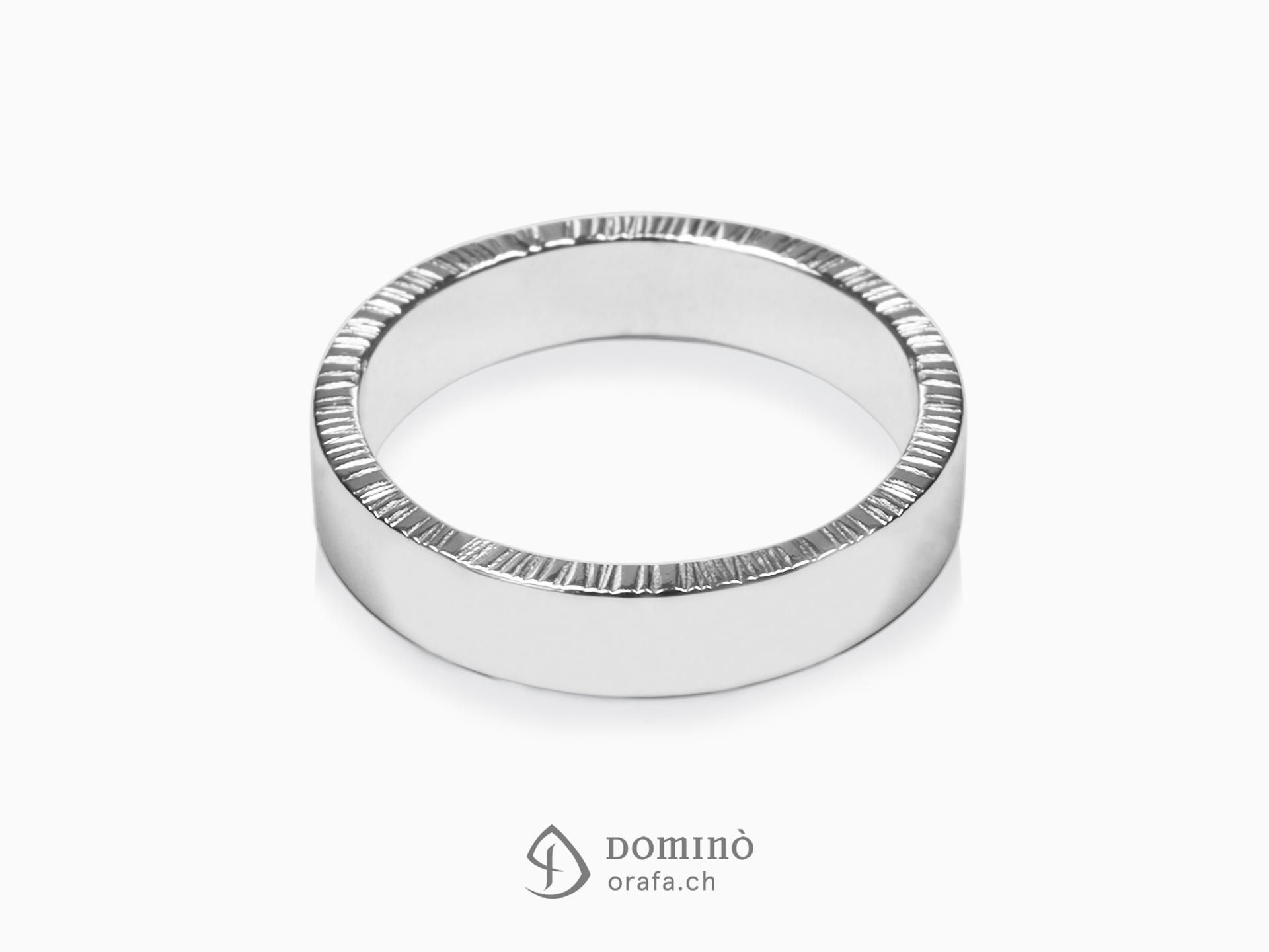 Linee board rings