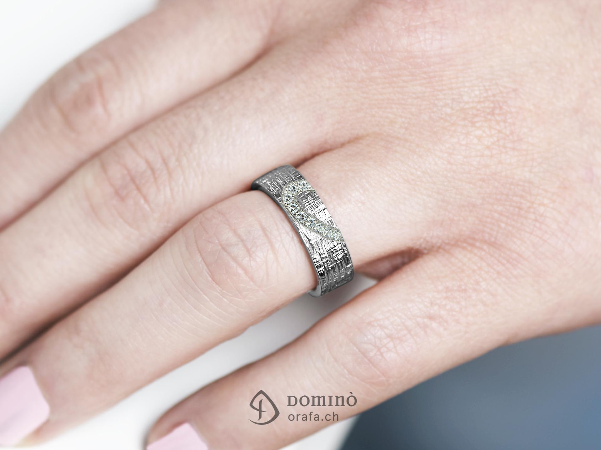 fedi-nuziali-linee-incrociate-contorno-cuore-diamanti-incisione-1