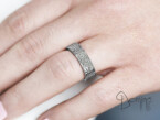 Crossed Lines diamonds Heart wedding rings