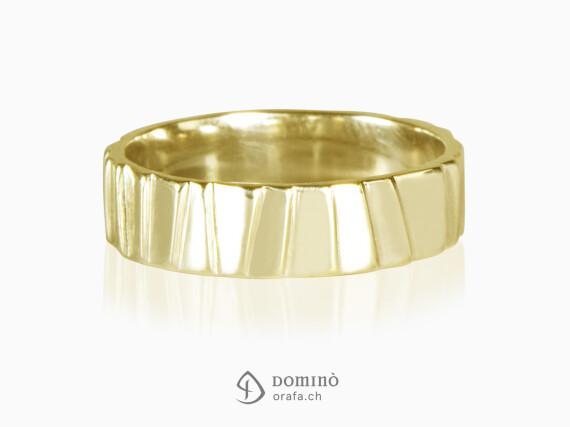 fedi-scalini-irregolari-oro-giallo