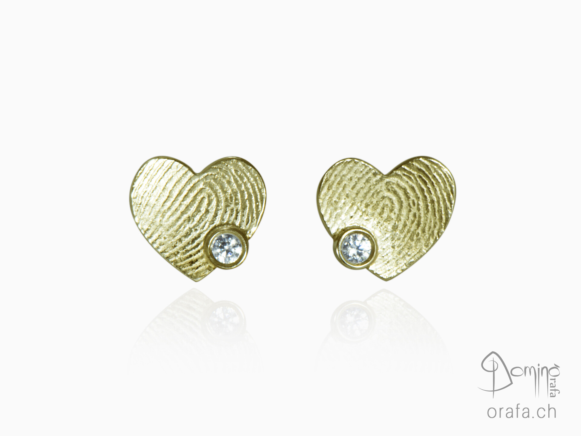 Hearts earrings with fingerprints with diamonds