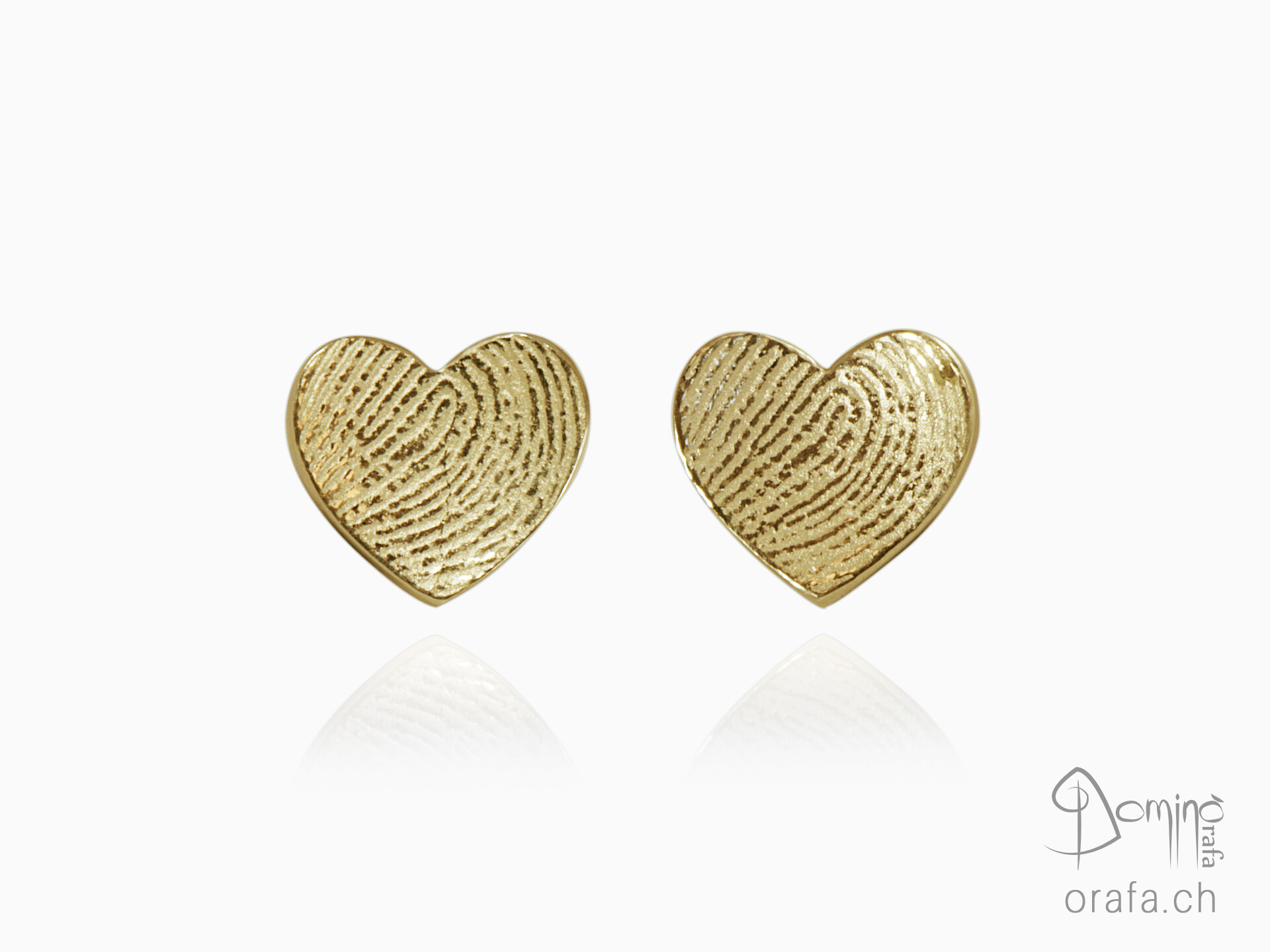 Hearts earrings with fingerprints