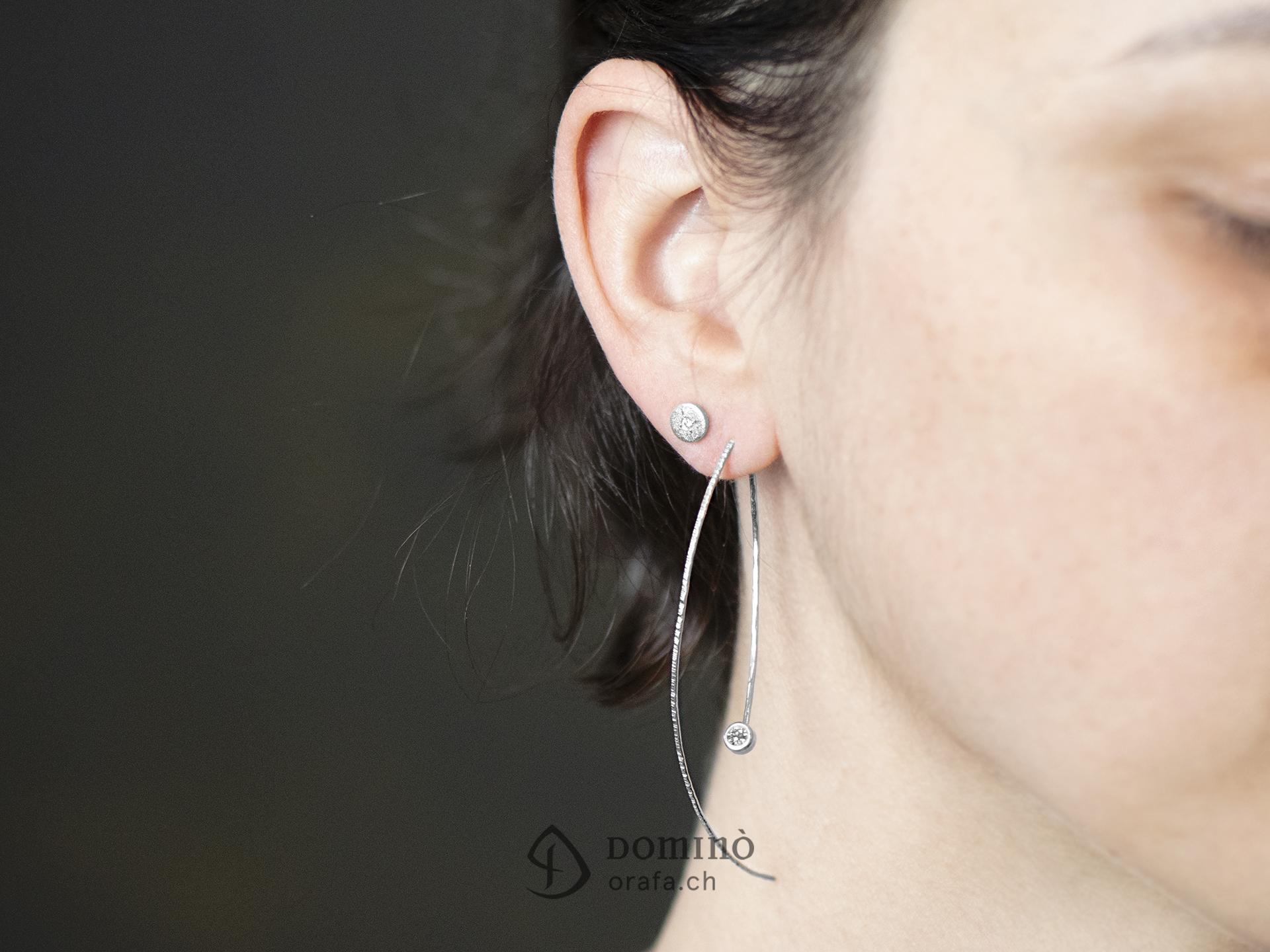 orecchini-fini-lunghi-0.2ct-1