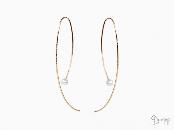 orecchini-fini-lunghi-linee-perle-oro-rosso