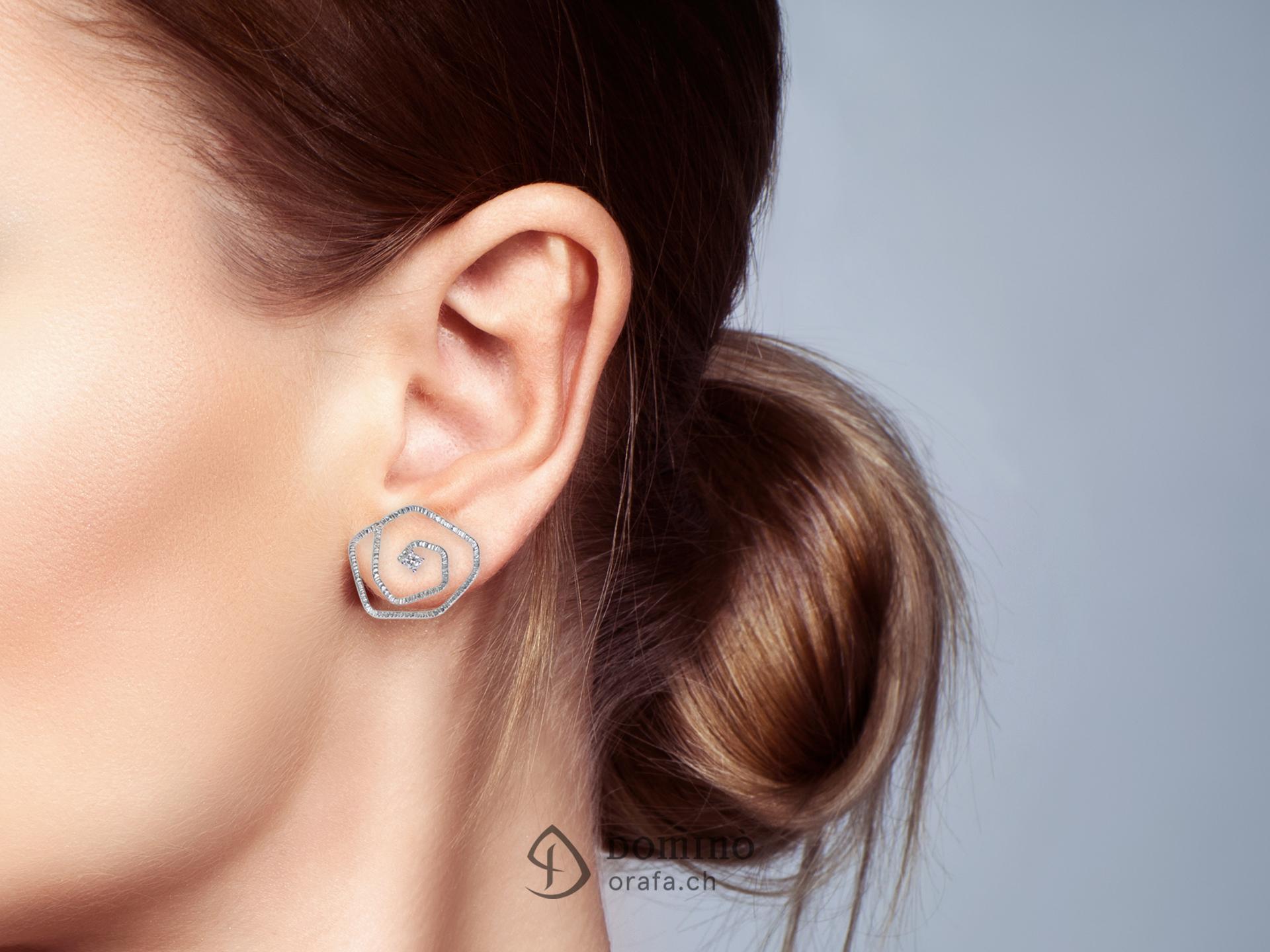 orecchini-linee-rose-lobo-diamanti-1