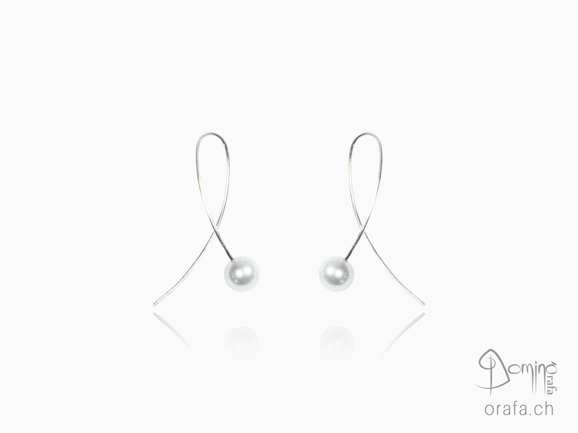 Freshwater pearls earrings medium