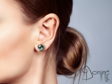 Tahitian pealrs earrings