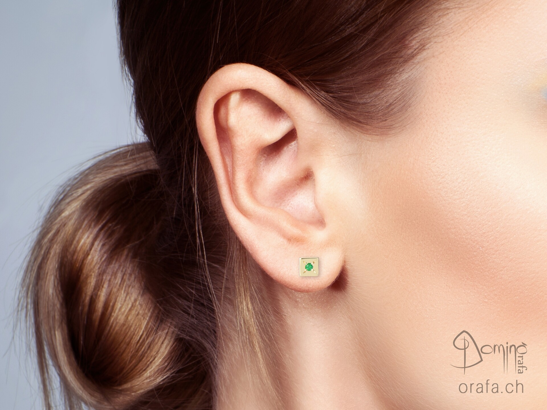 Orecchini quadrati con smeraldi 1
