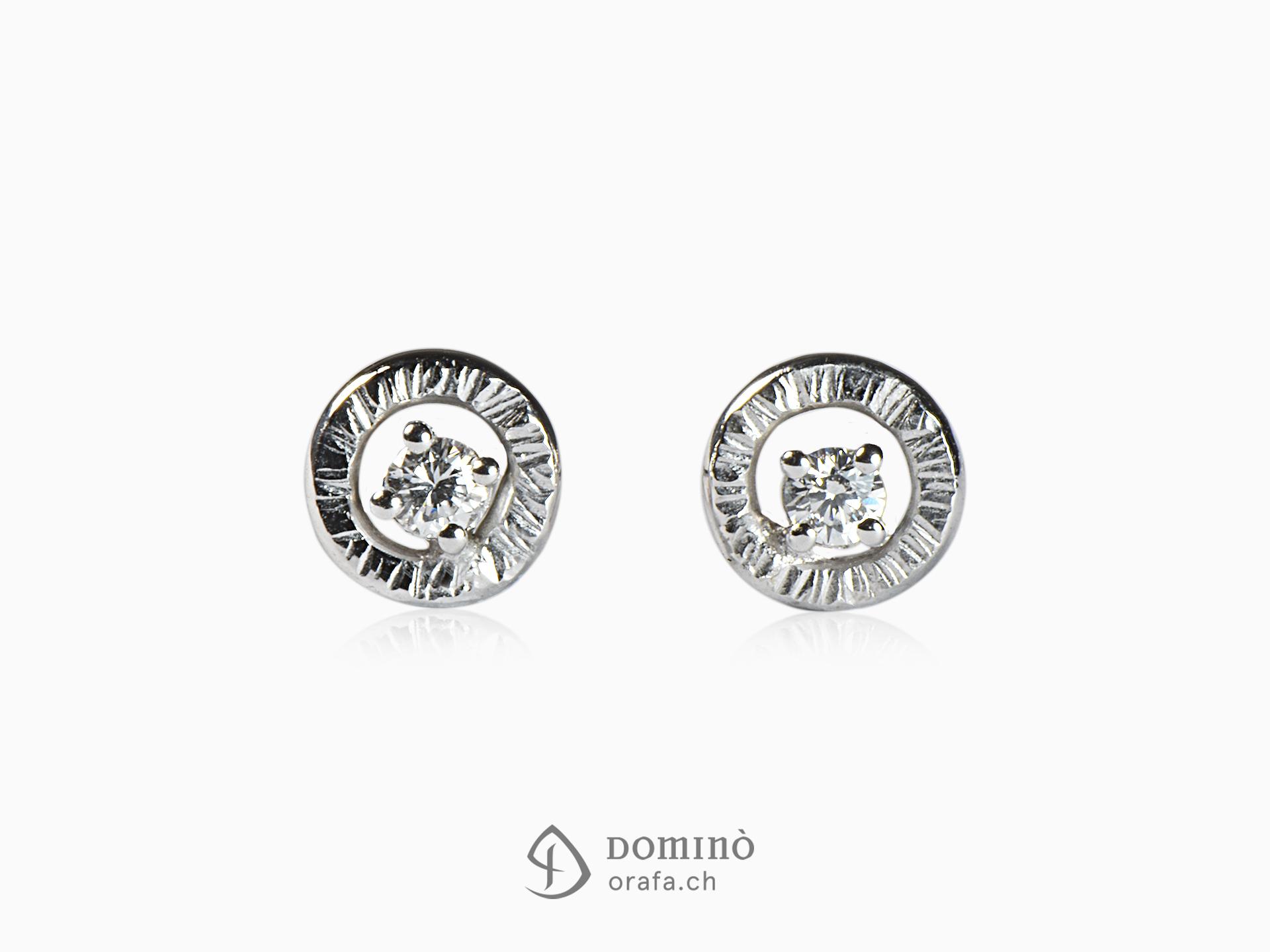 orecchini-rotondi-linee-2-diamanti-oro-bianco