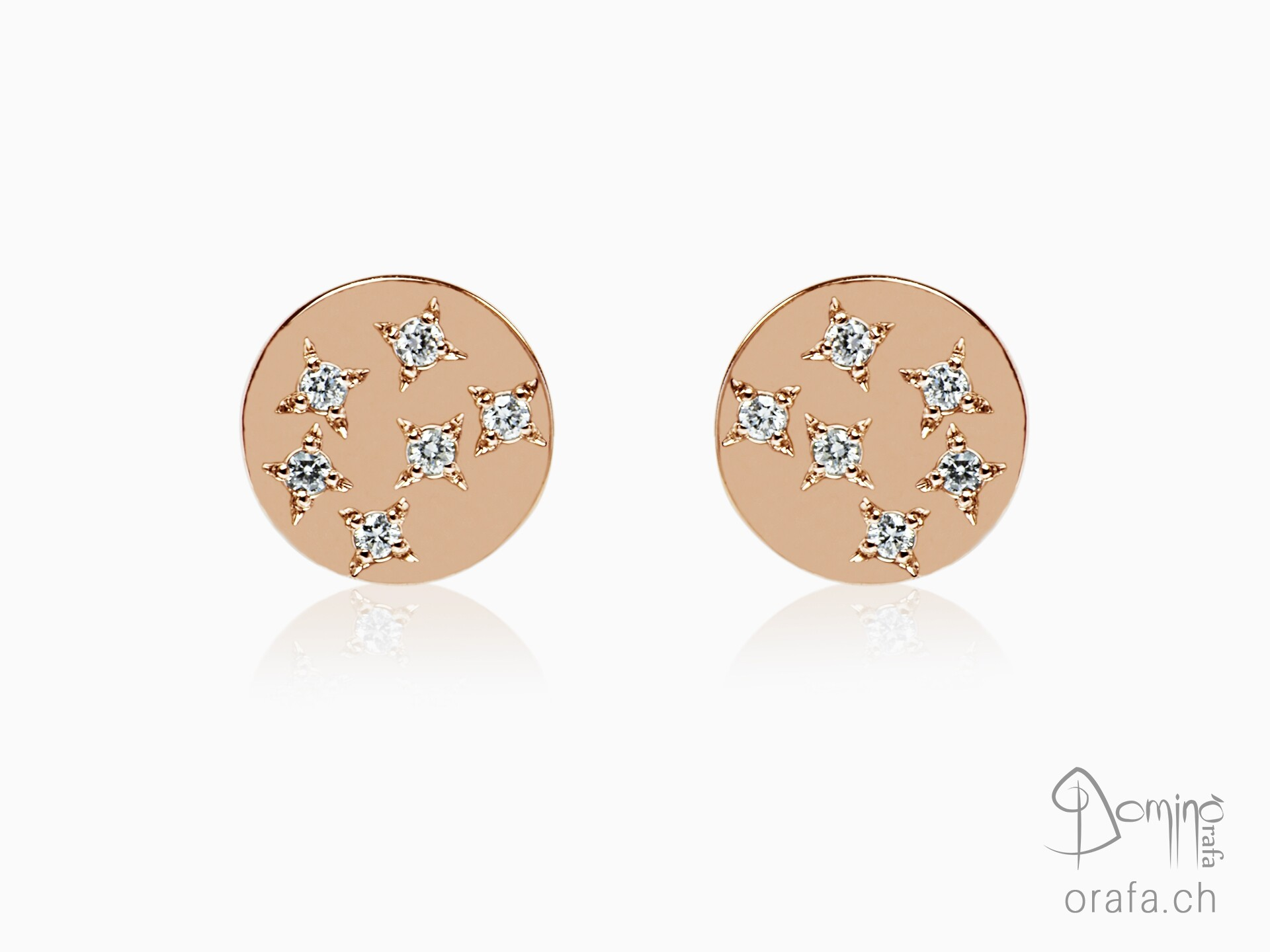Stars earrings with diamonds